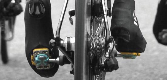 CYCLISME Crampons Pédales Compatible Vélo avec 3 Boulon Route Chaussures Club Cycle Vélo