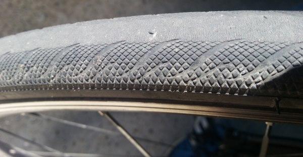 Etat pneu vélo route arrière Vittoria Pro