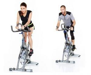 2 cylistes en vélo biking Domyos