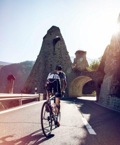 Les pyramides d'Euseigne en vélo de route
