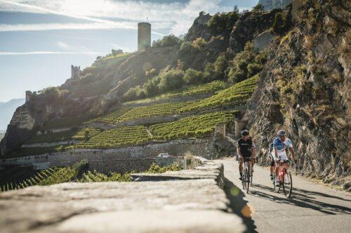 Traversée de Saillon en vélo de route