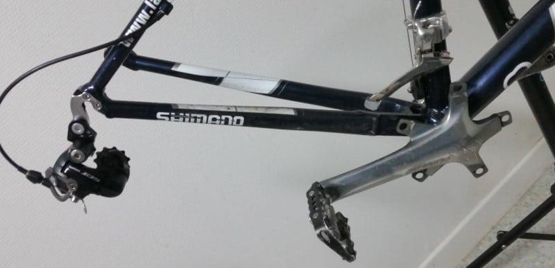 Vue d'ensemble sans la chaine ni le double plateau du vélo