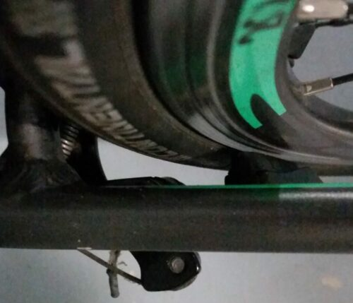Espace entre le cadre et un pneu 25C