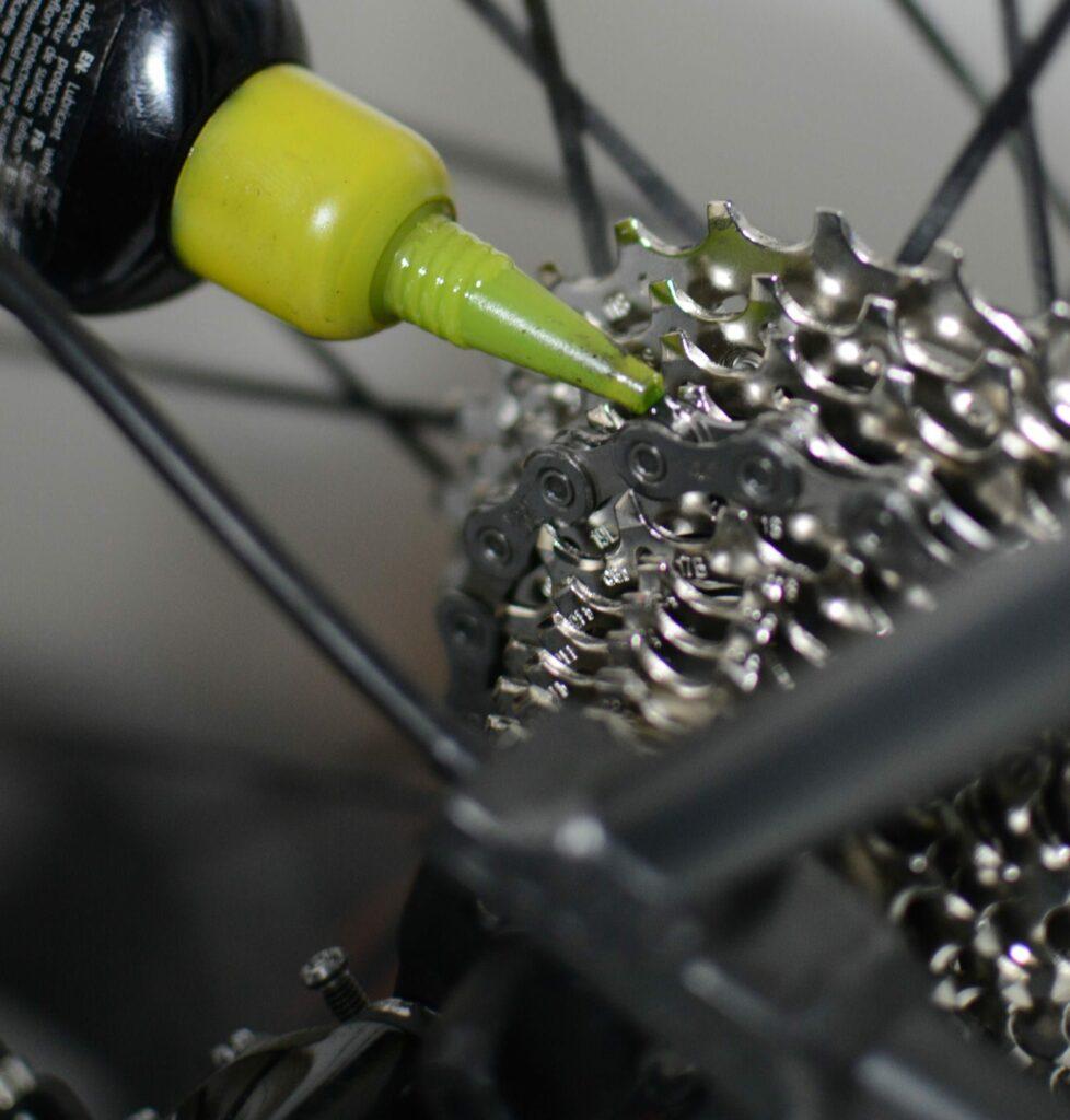 Lubrification de la chaine avec une huile