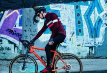 Un vélo de route Cannondale avec frein à disque