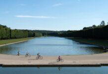 vélo dans les jardins de Versailles