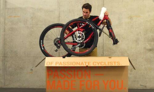 Système de protection du vélo Canyon grâce au carton BikeGuard