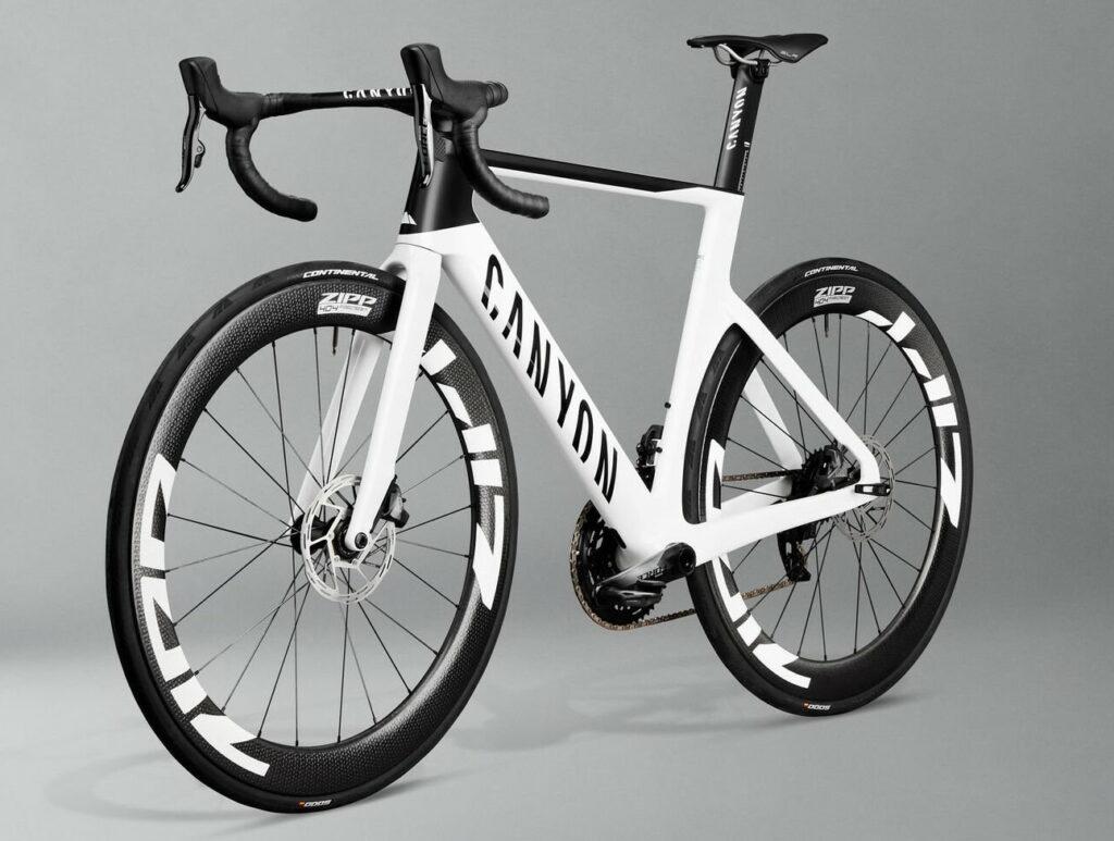 Vélo Canyon Aeroad pour la vitesse