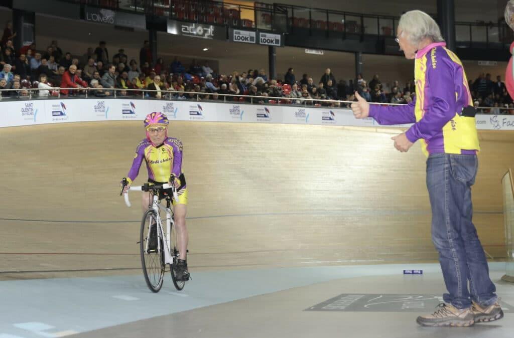 Le plus vieux cycliste de France avec Robert Marchand a 105 ans